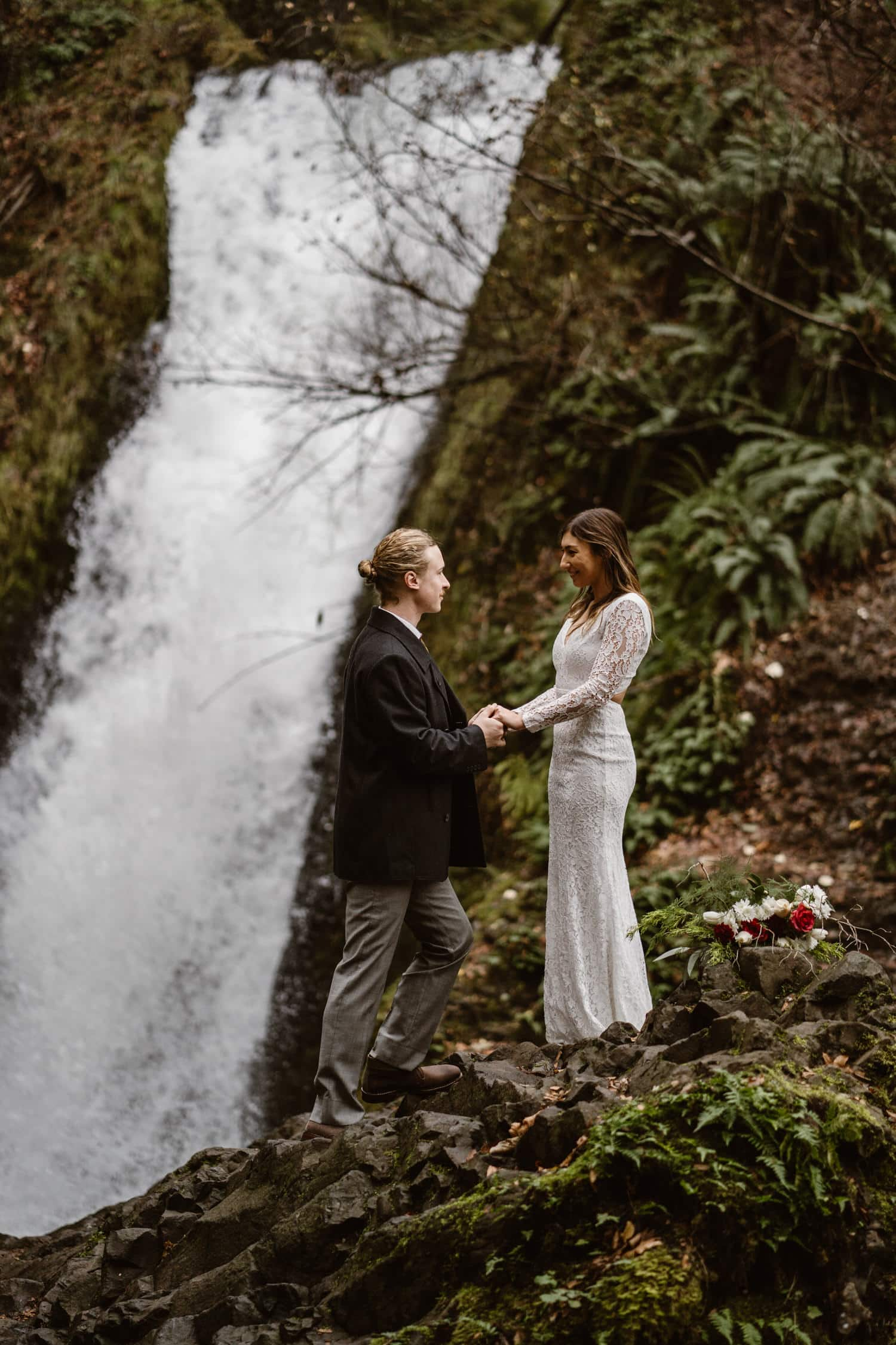 Oregon Waterfall Elopement