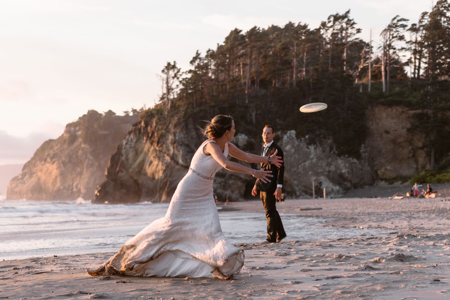 Eloping With Family - Cannon Beach Elopement